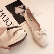 ส่งฟรี HOTรองเท้าผู้หญิง รองเท้าคัชชู รองเท้าหุ้มส้น แฟชั่นส้นแบน ส้นเตี้ย สีดำ,43 เก็บเงินปลายทาง