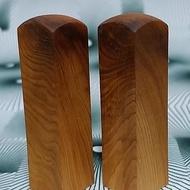 台灣檜木6分閃光印章 1對 7*1.8cm正方 400元~B5