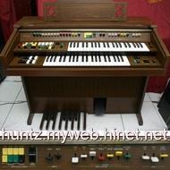 【田新中古琴行】YAMAHA山葉Electone雙層電子琴C-35電管風琴(7千5直購)類比Analog雙排鍵C-605