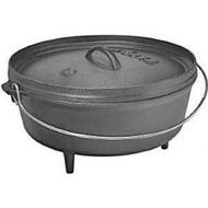 Lodge Cast Iron 6 Qt. Camp Dutch Oven