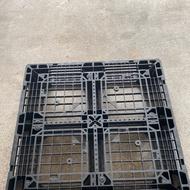 棧板/中古棧板/二手棧板/塑膠棧板/網狀田字塑膠棧板110*110 現貨