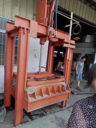 油壓機台0937中古機械732702堆高機大貨車修理油壓逼台貨運行回頭車起重行木工機滅火器