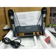 NEW AVAILABLE BOSE WIRELESS MICROPHONE WR-208