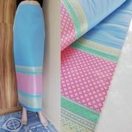 168 (แพคสินค้าใน 1 วัน) ผ้าไทย ผ้าไหมล้านนา ผ้าไหม ผ้าไหมทอลาย ผ้าถุง ของรับไหว้ ***ผ้าเป็นผ้าผืนยังไม่ตัดเย็บนะคะ** ขนาดผ้า 100*180cm