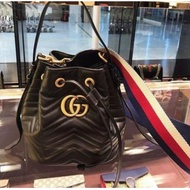GUCCI 水桶包 Marmont Quilted Leather Bucket 476674 黑色