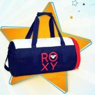 Roxy On-The-Go กระเป๋าเดินทาง กระเป๋าสะพายข้าง กระเป๋าทรงสปอร์ต ของใหม่ ใบใหญ่ ช่องใส่เยอะ ใส่เสื้อผ้า 2-3 วันได้เลย