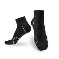 【MST商城】Titan 側向運動襪 機能襪 專為網羽球友設計 (黑 / 白)