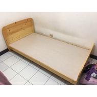 城市二手家具*松木實木3.5尺單人加大床架*實木床架-單人床架-套房床架-二手床架-小孩床-台中二手家具-2手貨