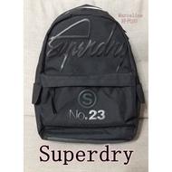 【好代GO】{特價現貨} Superdry 休閒後背包 好市多代購 極度乾燥 輕量背包 500公克 COSTCO