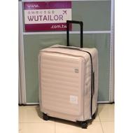 【吳師傅箱套訂製043】LOJEL CUBO 中大型行李箱保護套 箱套 旅行箱箱套 邊色可選 加強網紋 透明加厚