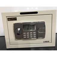 元寶金庫 電子密碼鎖 保險箱 保險櫃 金融櫃 二手品 臺灣製造