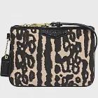 COACH 豹紋設計織布手拿包(現貨+預購)黑米