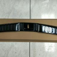 HONDA 本田 17-19 CRV5 原廠款後保桿內置護板