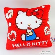 【UNIPRO】Hello Kitty 經典坐姿 紅色 33公分 方枕 抱枕 暖手枕 靠枕 凱蒂貓 三麗鷗 正版授權 KT