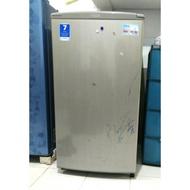 (SOLD) Freezer ASI merk Aqua (Bekas)