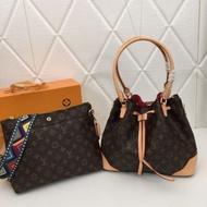 現貨 Louis Vuitton路易威登子母包 LV手提包 LV水桶包  手拿包