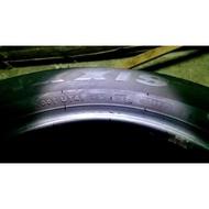 出清便宜賣/瑪吉斯 MAXXIS 215 60 R16 95H 落地胎 中古胎 二手胎 9成新 RADIAL MA-P2
