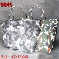 The new 2021 PEARLY GATES GOLF portable camouflage clothing GOLF bag leisure fashion large capacity