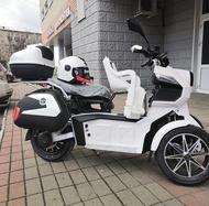 Doohan itank Electric scooter 3-WHEEL 45 KM /H + baby sit + helmet + box