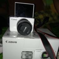Kamera/Camera Canon Mirroless M10 Second/Bekas