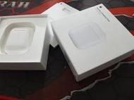 福利品 APPLE MR8U2TA/A 無線充電盒 (適用於 AirPods) A1938