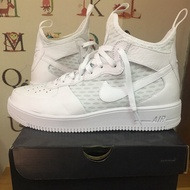NIKE AIR FORCE 1 全新全白球鞋