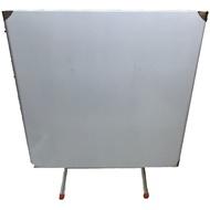 白鐵折疊桌(90*90*75cm) $1195
