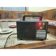 Tuner FM + SPEAKER