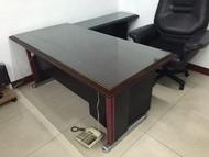 搬家自售--二手--木質主管辦公桌+側桌+活動櫃--整組--氣派--辦公桌椅.辦公椅