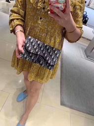 ของแท้ซื้อ/diorถุงอานdiorผู้หญิงกระเป๋าอานย้อนยุค woc โซ่ผ้าใบหนึ่งไหล่ถุงลาด