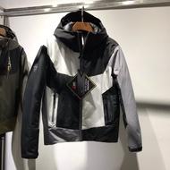 最新黑白灰配色!始祖鳥限量聯名款!3層GORE-TEX全衣防水拼色羽絨服外套!超重磅時尚戶外連帽保暖沖鋒衣,頂級登山服!