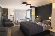住宿 林德貝格套房飯店 (Lindberg Suites)大熊湖