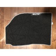 2019年12代 ALTIS 新車原廠腳踏墊(黑色灰邊)