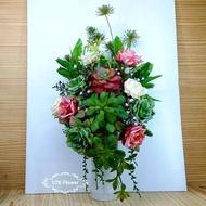 แจกันดอกกุหลาบจัดชุดกับไม้อวบน้ำ ต้นไม้ปลอม สำหรับตกแต่งบ้าน สวยงามหรูหรา