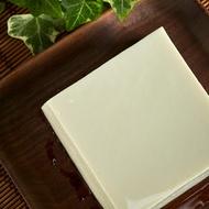 鹽鹵絹豆腐330g 有機大豆製作 豆香濃郁 綿密細緻 無消泡劑 無防腐劑