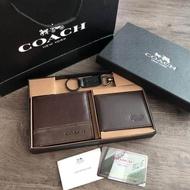 COACH Short Wallet with Key Set กระเป๋าสตางค์ใบสั้น Set สุดคุ้มมอบให้เป็นของขวัญหรือใช้เองก็แนะนำค่ะ