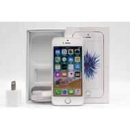 【高雄青蘋果3C】Apple iPhone SE 銀 32G 32GB 二手 4吋 美版 蘋果手機 #27073