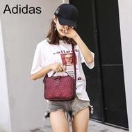 Adidas Originals 3D Mini Airliner Style Shoulder Bag กระเป๋าสะพายข้างแนว sport วัสดุด้านหน้าเนื้อ matte ของแท้เท่านั้น