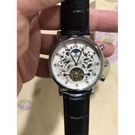 周老闆) 國王 KINYUED 雕花面盤商務型男機械錶(J026)