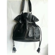 紫庭雜貨*全新 真皮包 黛安娜 Diana 黑色 手提包 肩背包 *手提袋 平板包 水桶包 變大變小 展示包 出清優惠