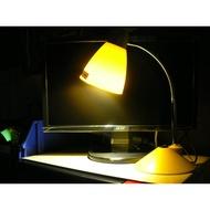 FORA黃光LED檯燈