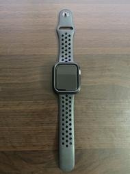 Apple Watch Series 5 44mm GPS LTE NIKE 銀色鋁金屬 手錶 雙錶帶 附發票