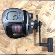 Daiwa. 二手良品 鼓式手動捲線器 電子顯示水深 500DX