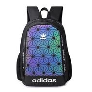 Adidas_Fashion กระเป๋าเป้สะพายหลัง ISSEY 3D Miyake_Bag กระเป๋ากลางแจ้งหนัง PU กันน้ำกระเป๋าสะพายหลังแฟชั่นสำหรับเดินทางกีฬาโรงเรียนวันกระเป๋าบรรจุ