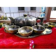 河南玉茶壺組,又稱南陽獨山玉。