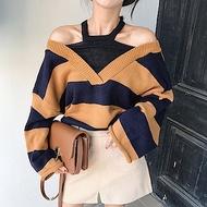 La Belleza假兩件套脖露肩V字領寬橫條雙色配色針織毛衣