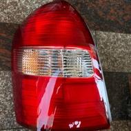 全新品 福特 TIERRA 5門 紅白紅 後燈