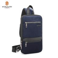 ARCTIC HUNTER ออกแบบสลิงกระเป๋าขยายผู้ชายหน้าอกแพ็คสำหรับ 9.7 นิ้ว iPad ความจุขนาดใหญ่กระเป๋า Crossbody