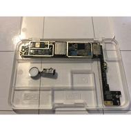 IPHONE 8 Plus 64G 零件機 主機板