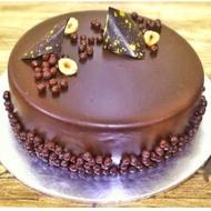 Chocolate Crunchy Hazelnut Royal Cake (Halal)
